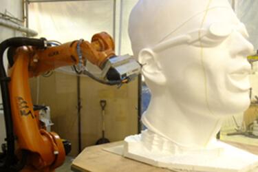 電影特效產品製造公司 Artem 使用 PowerMILL Robot 加工特效模型