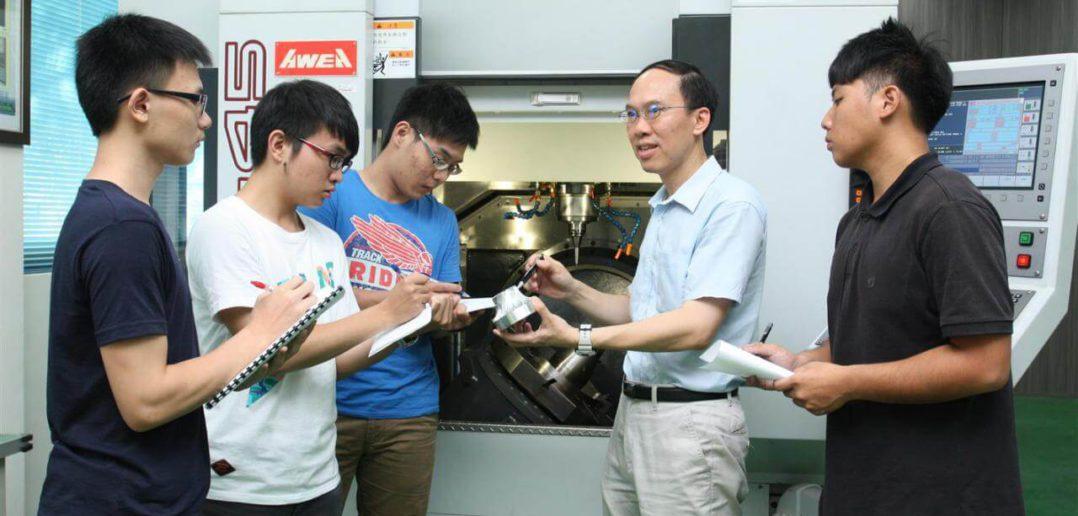 修平科大承辦勞動部 CNC 銑床乙級檢定考場,正式啟用 PowerMILL 為考證應用軟體