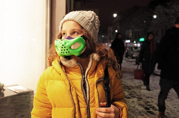 設計師以 Autodesk Netfabb 及 Sinterit 3D 技術製作兒童防污染口罩